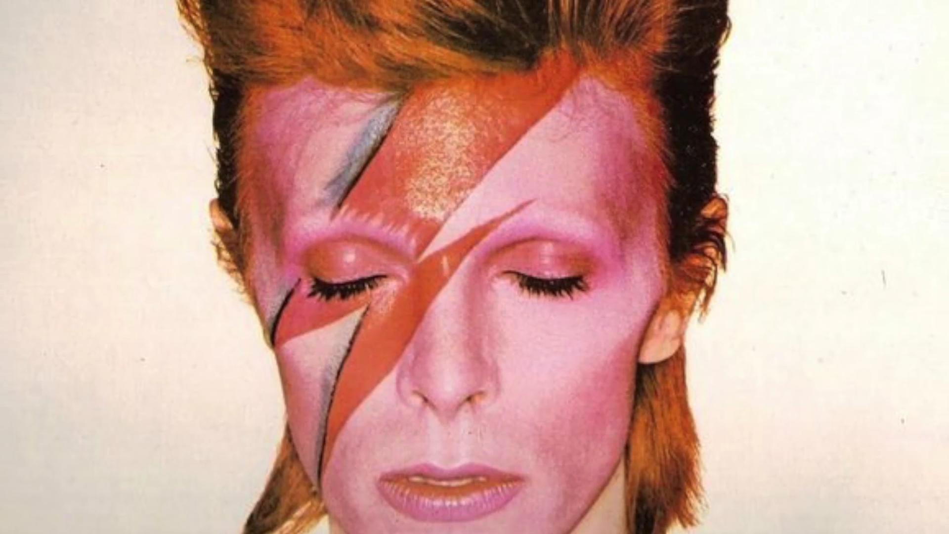 """""""I never dreamed"""". Primeira gravação de Bowie é revelada passados 55 anos"""