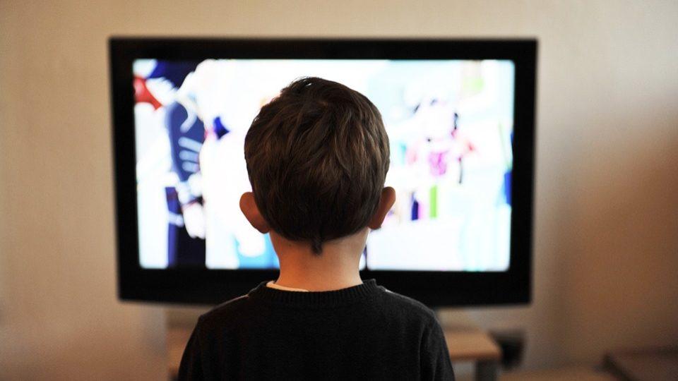 Em choque com anunciantes, televisões criam nova associação para medir audiências