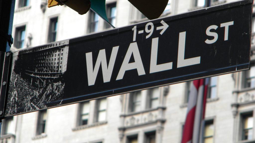 Apple e petróleo colocam Wall Street a perder este ano