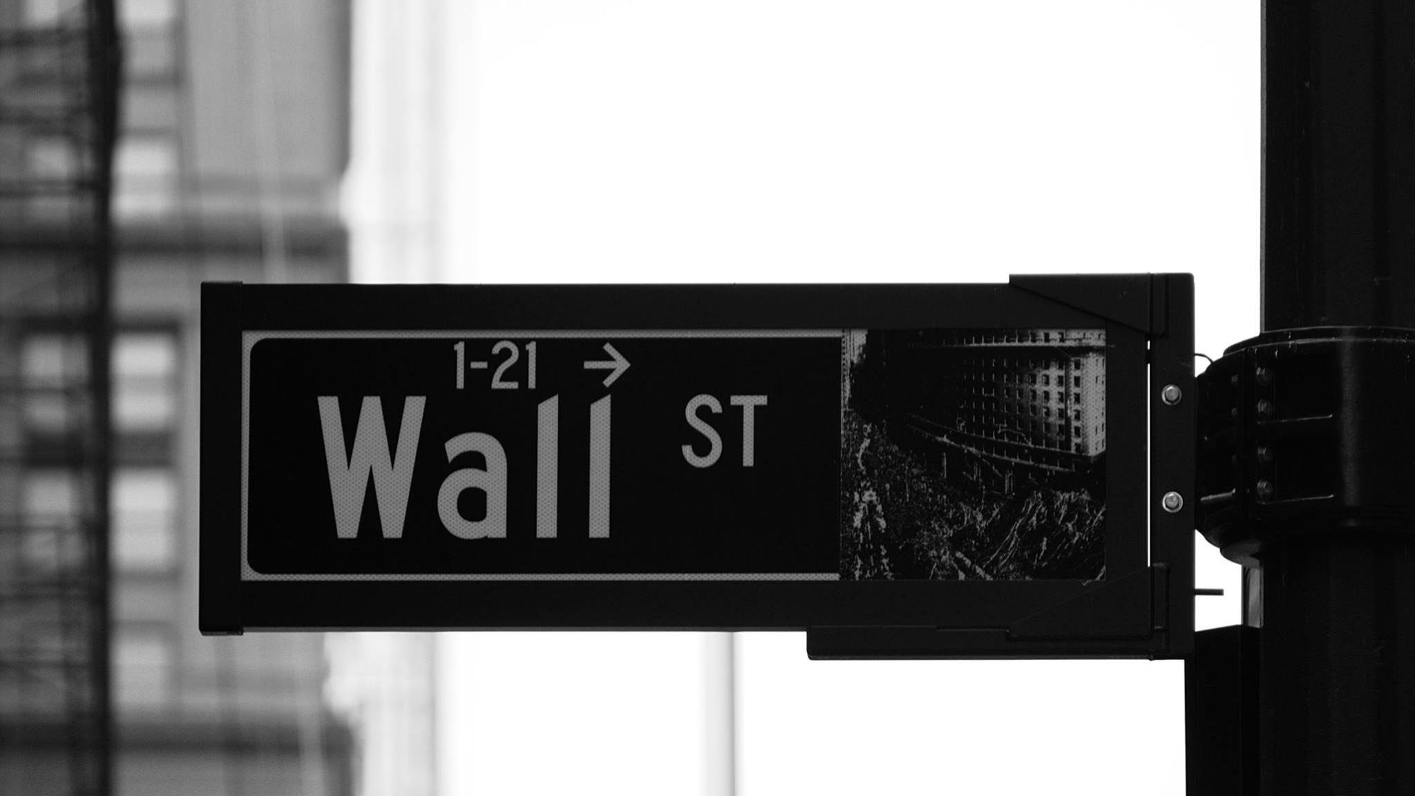 Wall Street em baixa à espera de Janet Yellen