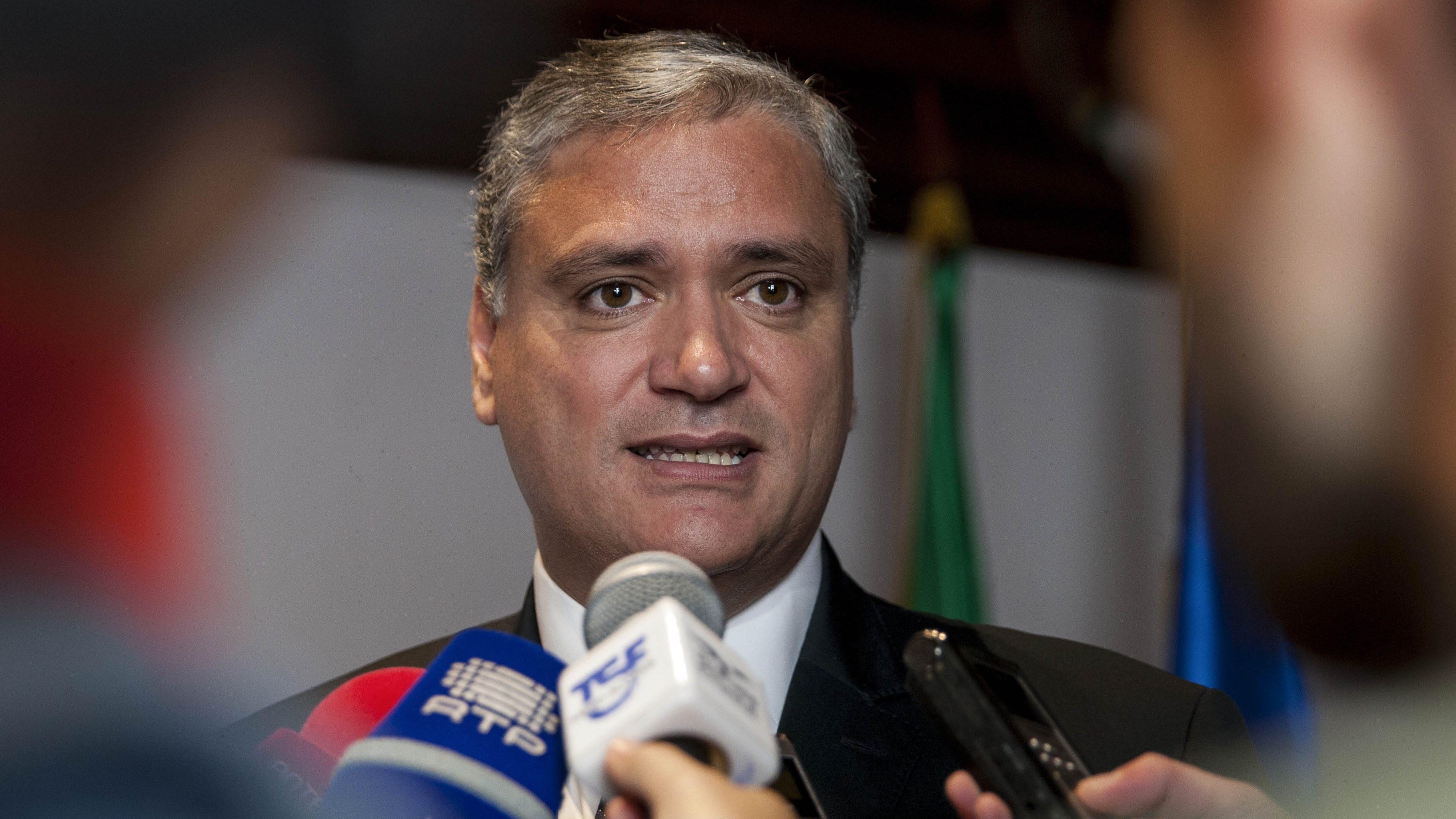 Vasco Cordeiro defende que PS deve pedir maioria absoluta