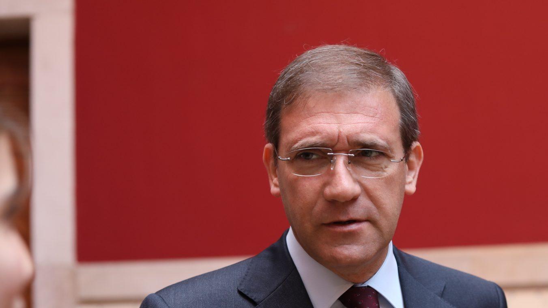 """Passos critica saída da PGR e fala em falta de """"decência"""""""