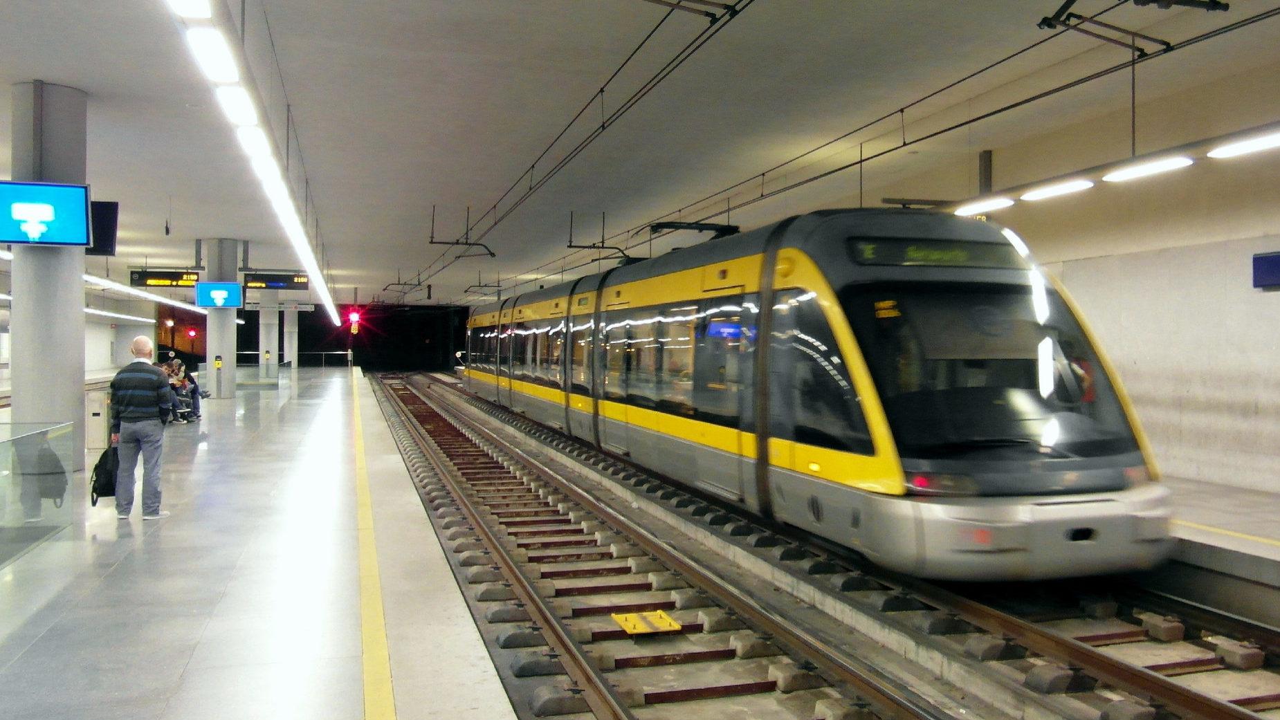Empresa chinesa vai produzir 18 novos comboios para o Metro do Porto