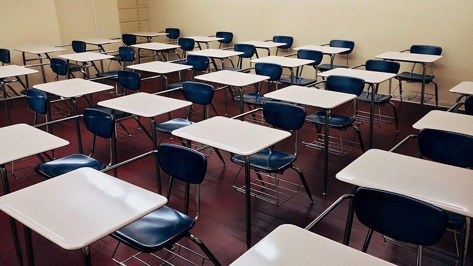 Escolas são o melhor serviço público. Tribunais, o pior