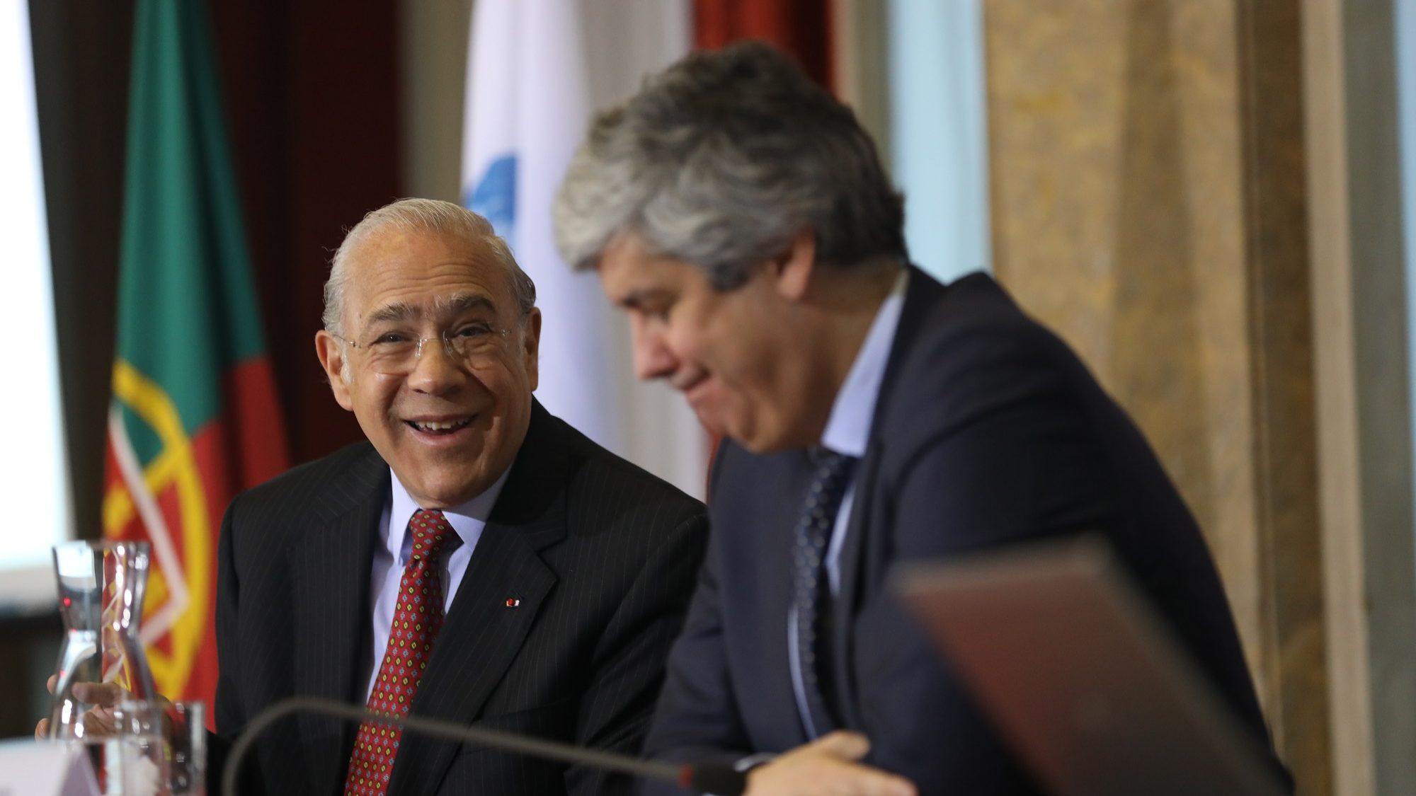OCDE revê em baixa crescimento para 2019. Défice desaparece em 2020