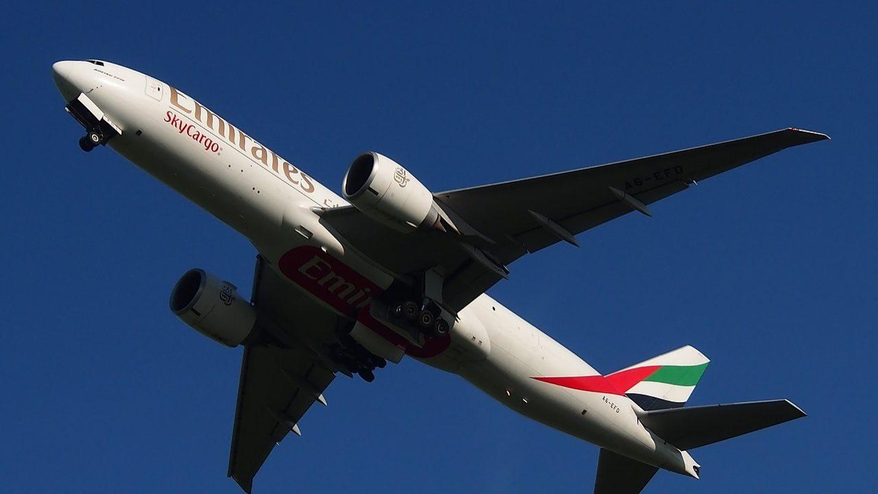 Emirates recruta em Portugal e oferece salários acima dos 2 mil euros