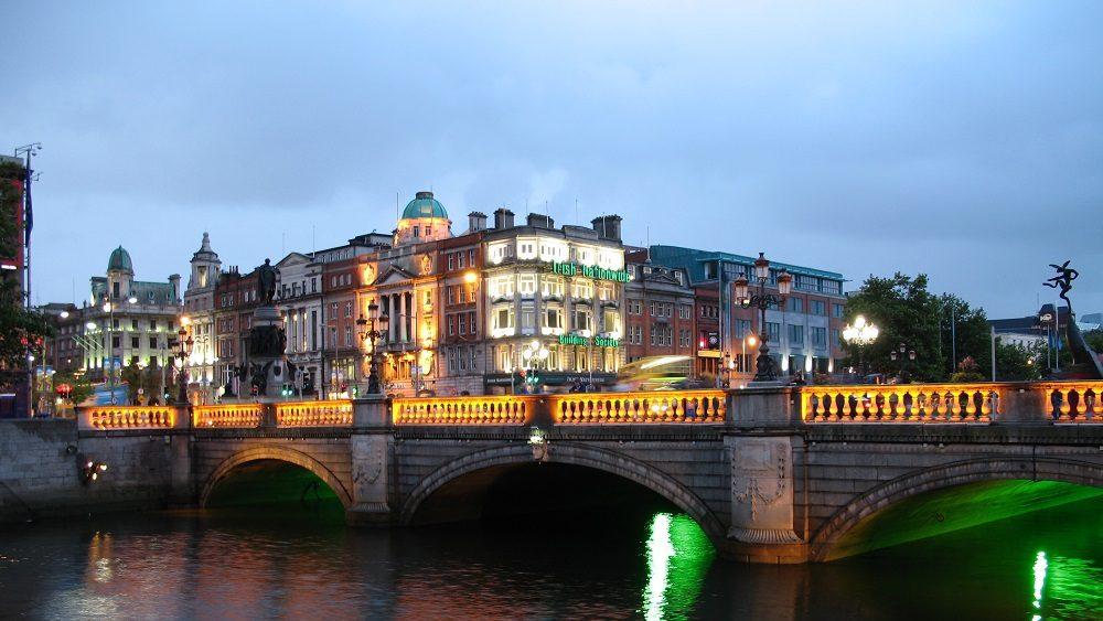 Deputada irlandesa Mary McDonald será a nova líder do Sinn Féin