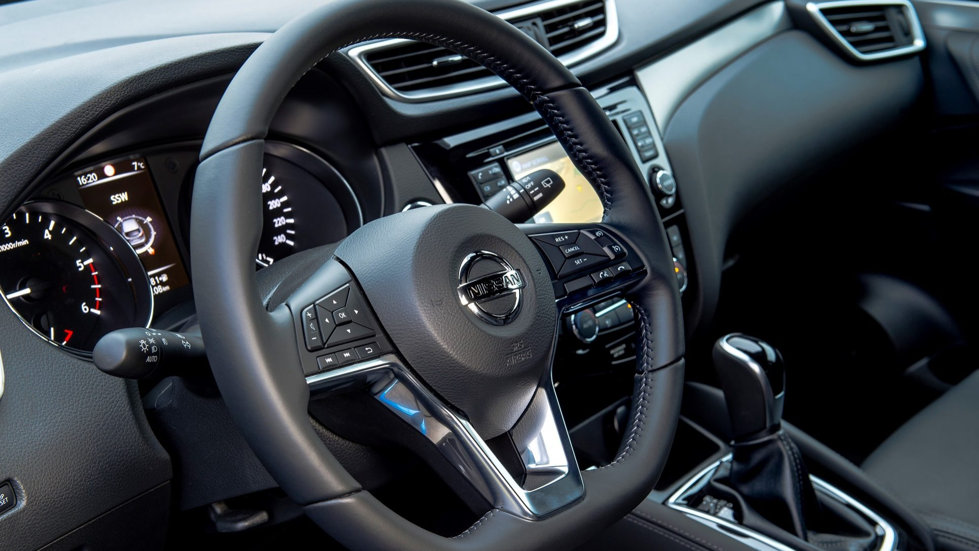 Nissan continua a testar carros sem condutor apesar do acidente da Uber