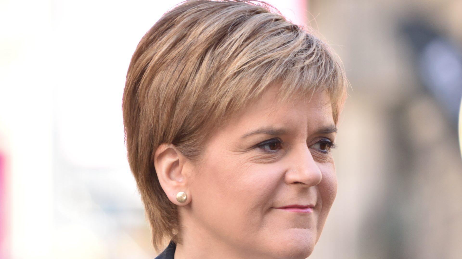 Líder escocesa diz ter mandato para segundo referendo à independência