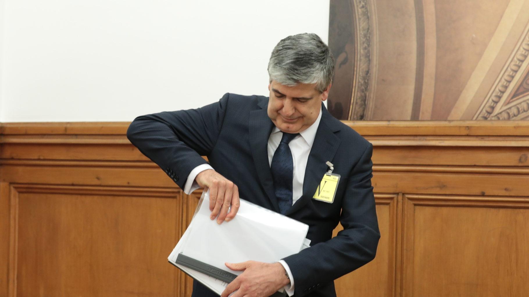 Fundo de Resolução reclama ao BES injeções no Novo Banco
