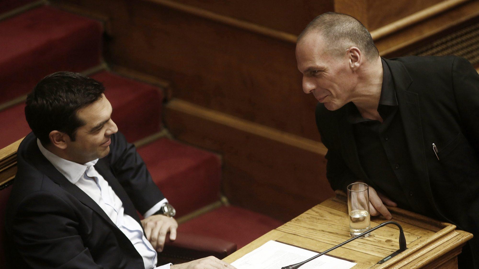 """Varoufakis: """"Governo português tem uma dívida de gratidão para com os gregos"""""""