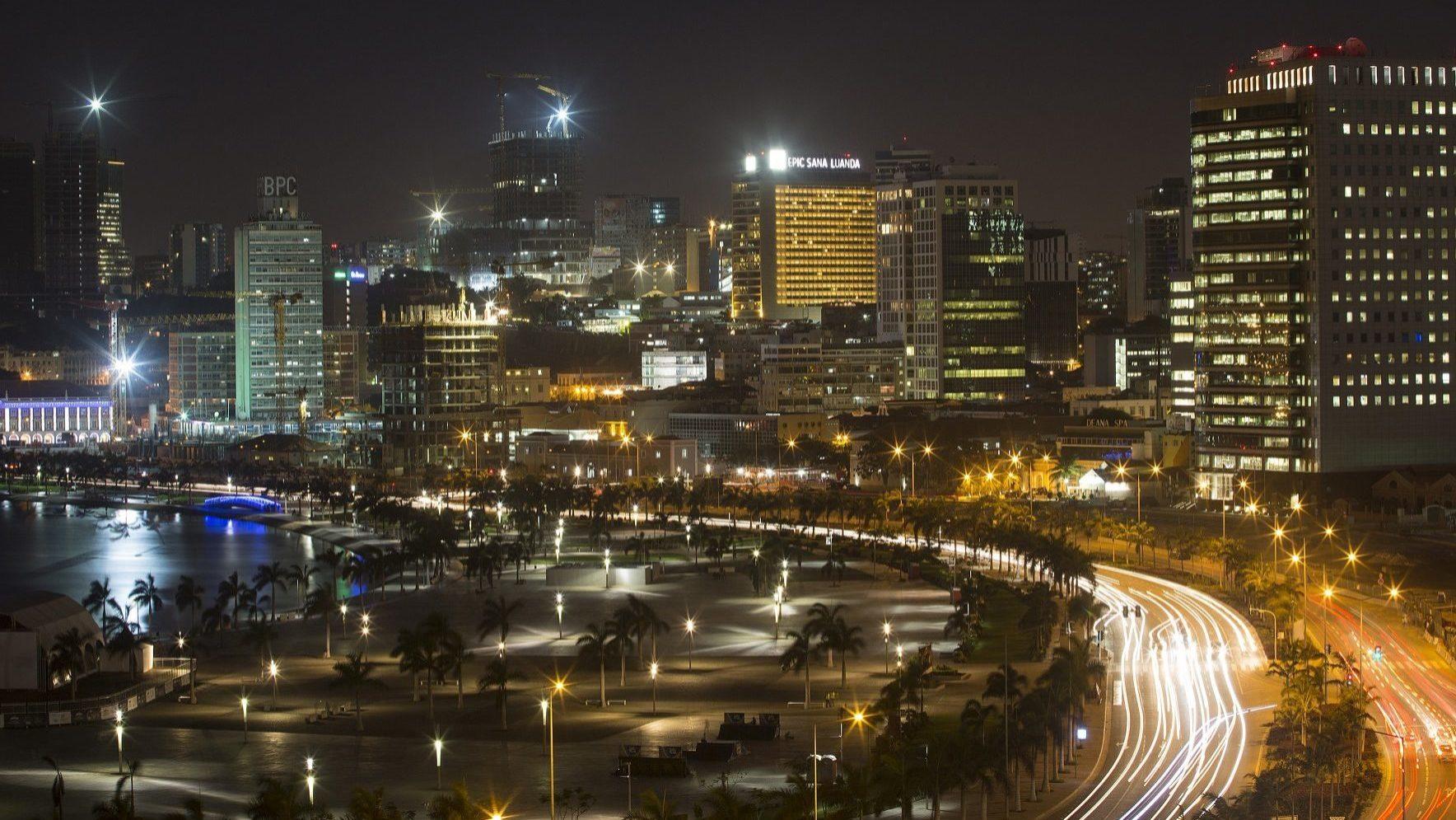 Fitch diz que corrupção em Angola dificulta investimento