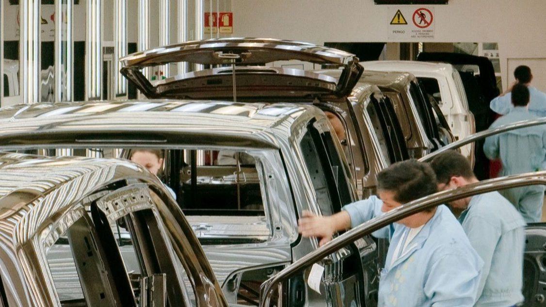 Produção automóvel continua a aumentar. Desde o início do ano cresceu mais 70%