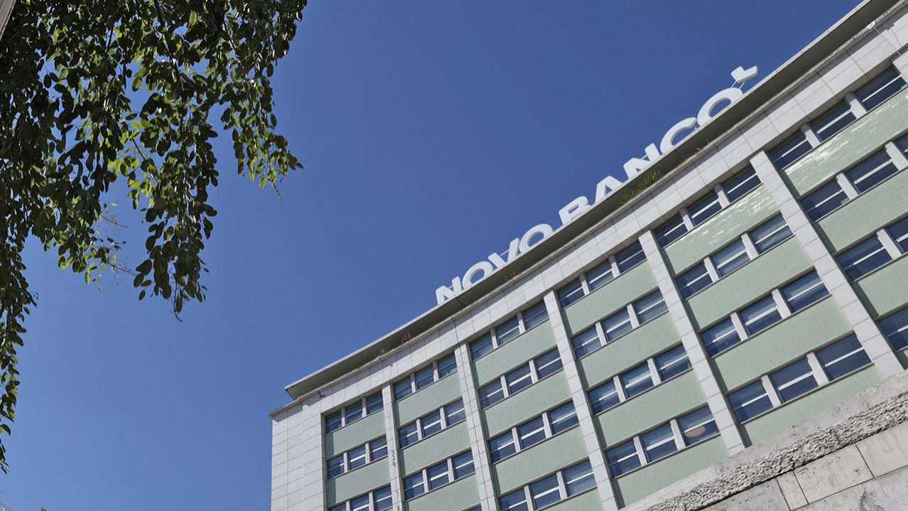 Novo Banco quer rescindir com 440 trabalhadores até final do ano