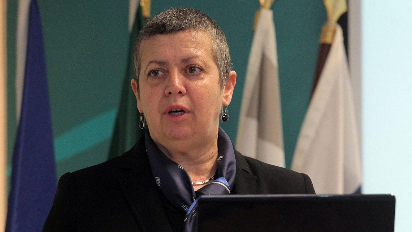 Ministra do Mar exige solução urgente para conflito laboral no porto de Setúbal