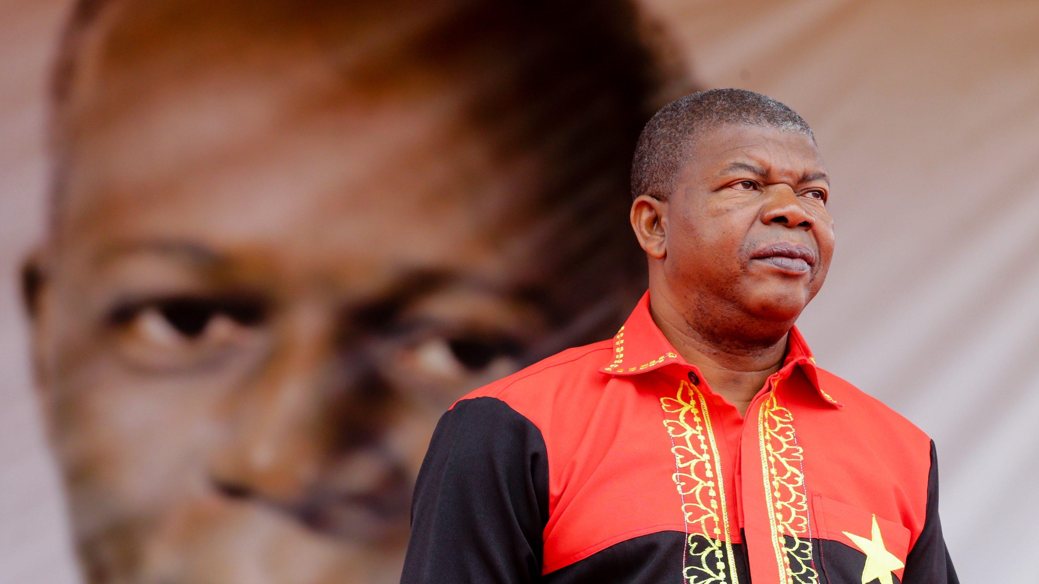 Governo angolano assume dívida de 8,1 mil milhões para desafogar Sonangol