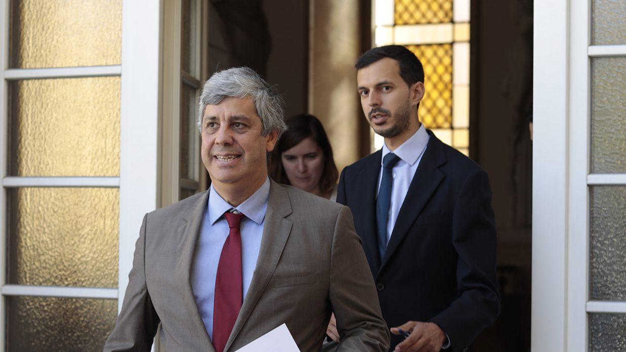 """""""Reuniões mais importantes do Eurogrupo não vão ser em Bruxelas"""". Vão ser em Lisboa, garante Centeno"""
