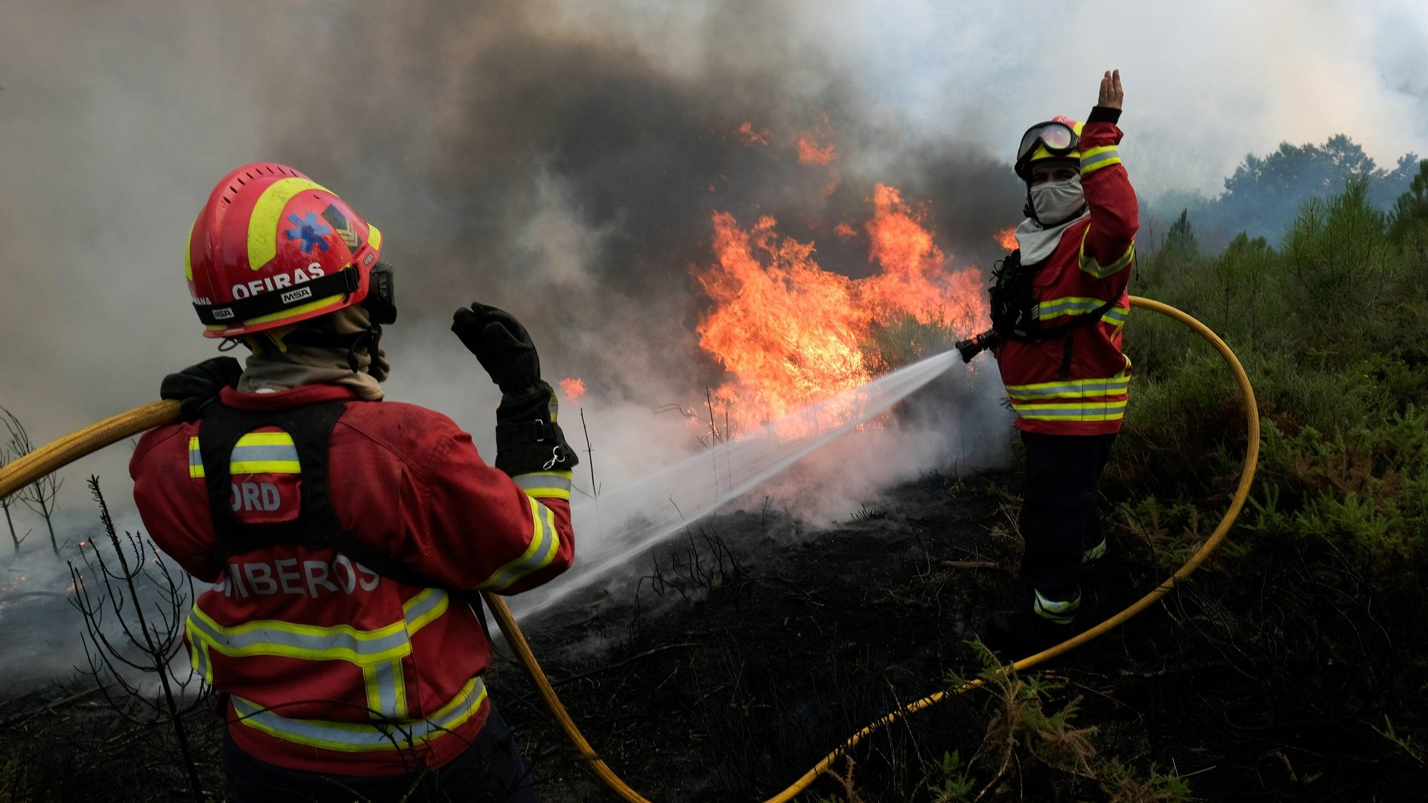 Governo só tem dez de 50 aeronaves para combater incêndios
