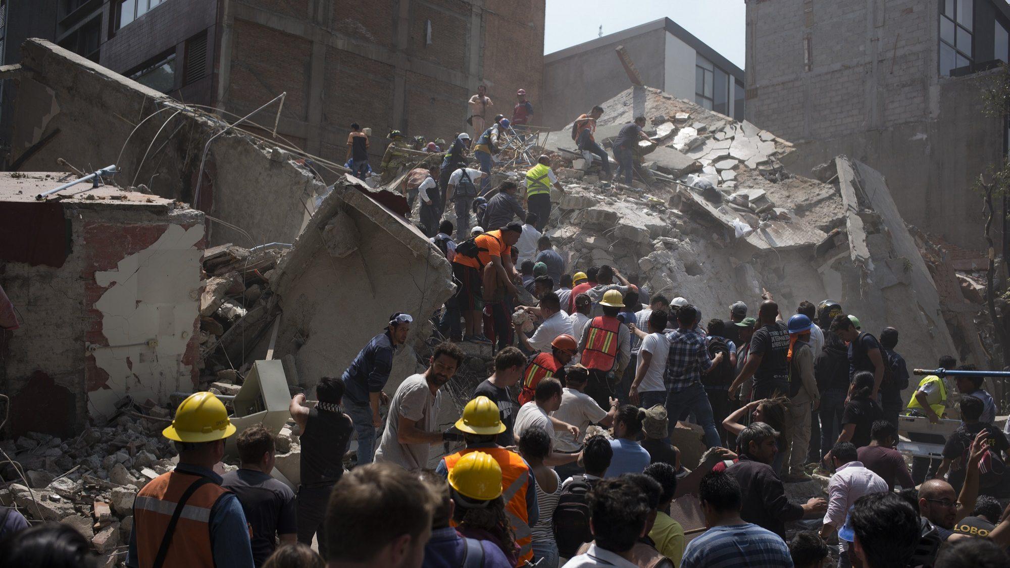 Novo sismo no México. Número de mortos já vai em 134
