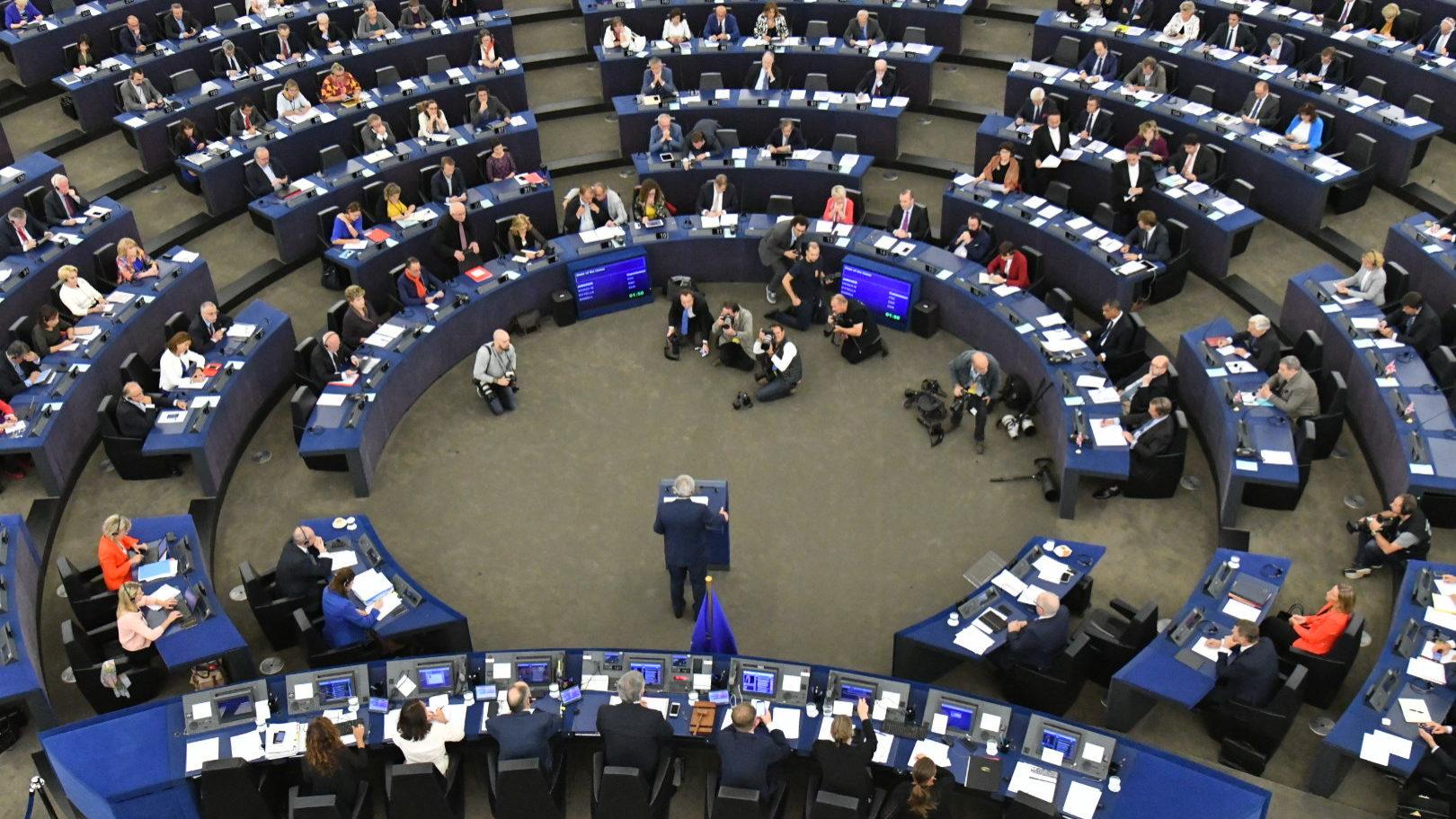Parlamento Europeu e países acordam Orçamento da UE para 2020 que dá prioridade ao clima
