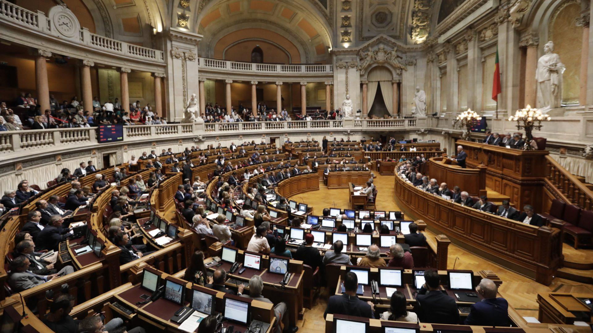PS não convence partidos sobre projeto dos cobradores do fraque