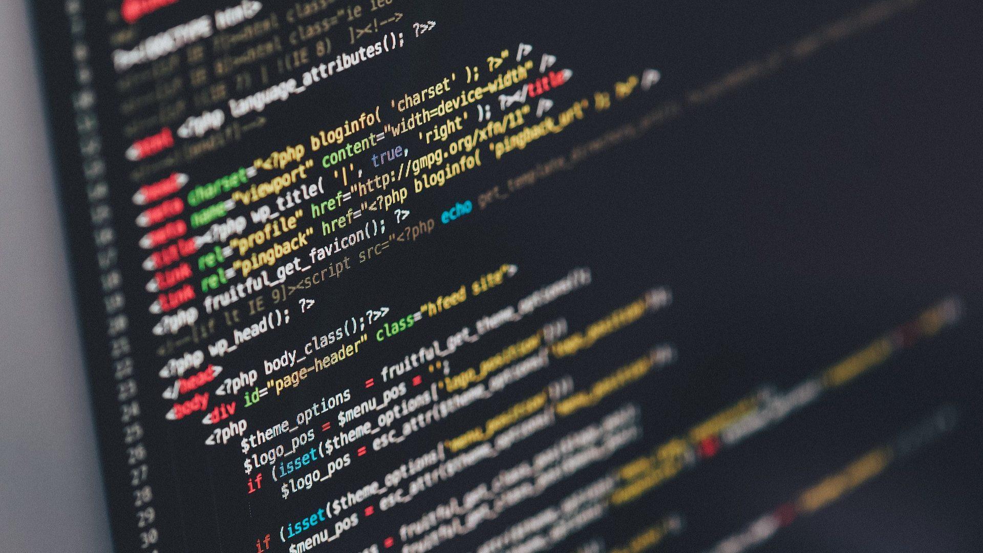 Negócio fechado. Academia de Código compra Codeplace