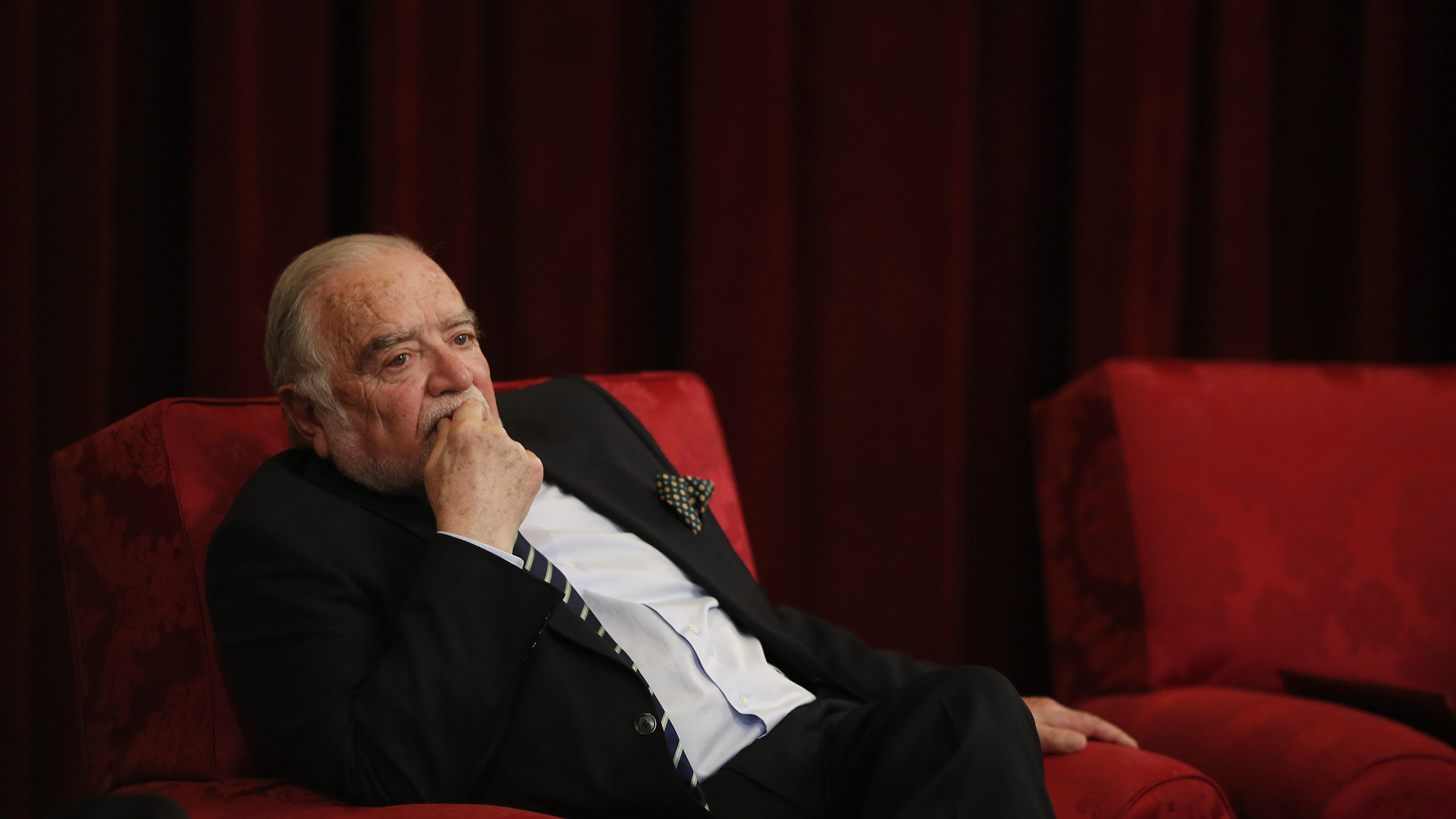 Manuel Alegre adverte que viragem à direita representaria risco de morte para o PS