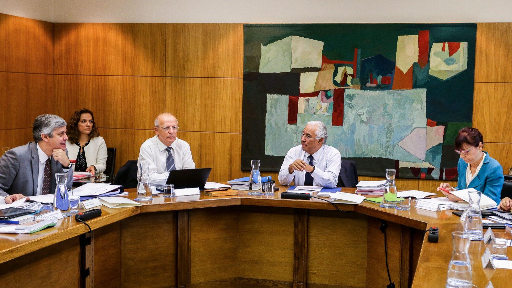 Governo torna-se acionista do SIRESP e reforça rede