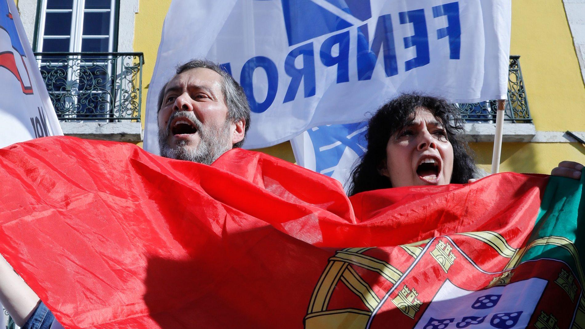 Arranca a greve dos professores em dia de exame nacional