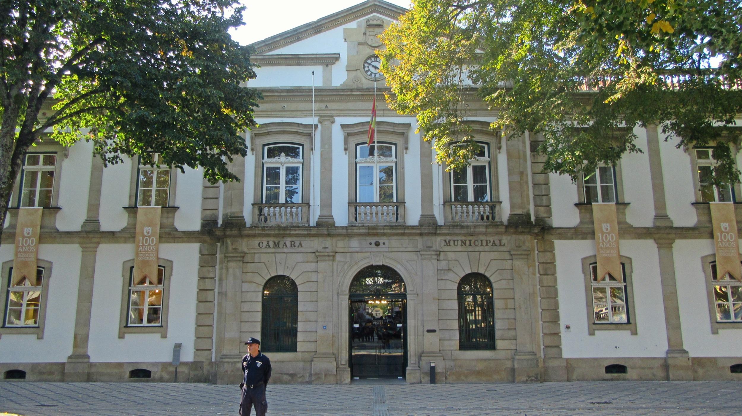Com dois balcões da CGD encerrados, Câmara de Viseu coloca a zeros as contas bancárias que mantinha no banco público