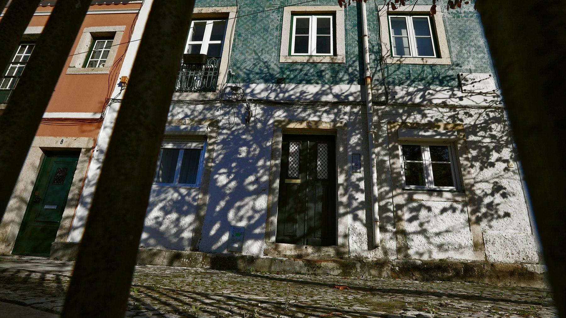 Escalada do preço das casas põe valor dos novos créditos em recorde