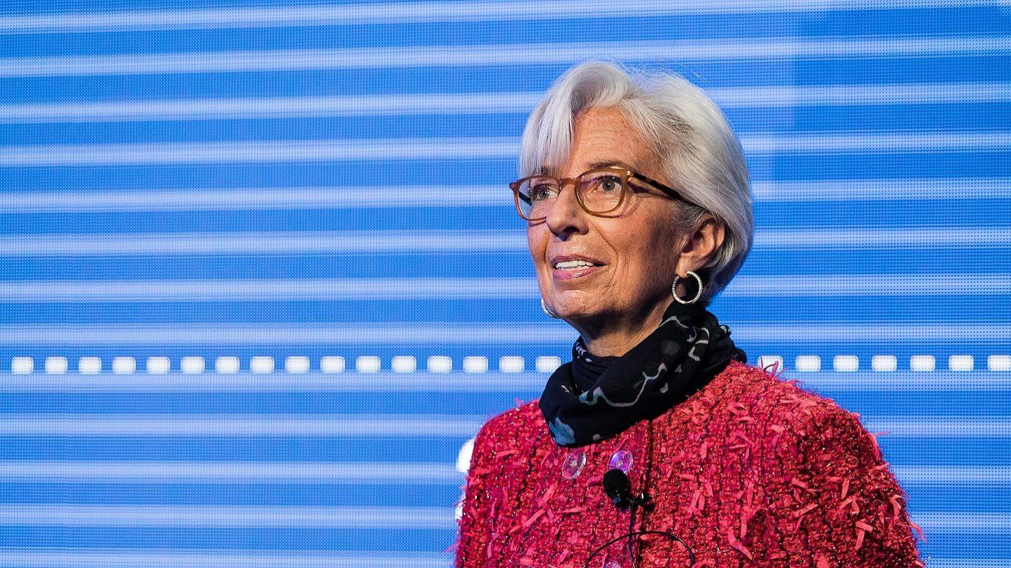 Lagarde diz que guerra comercial vai afetar crescimento económico
