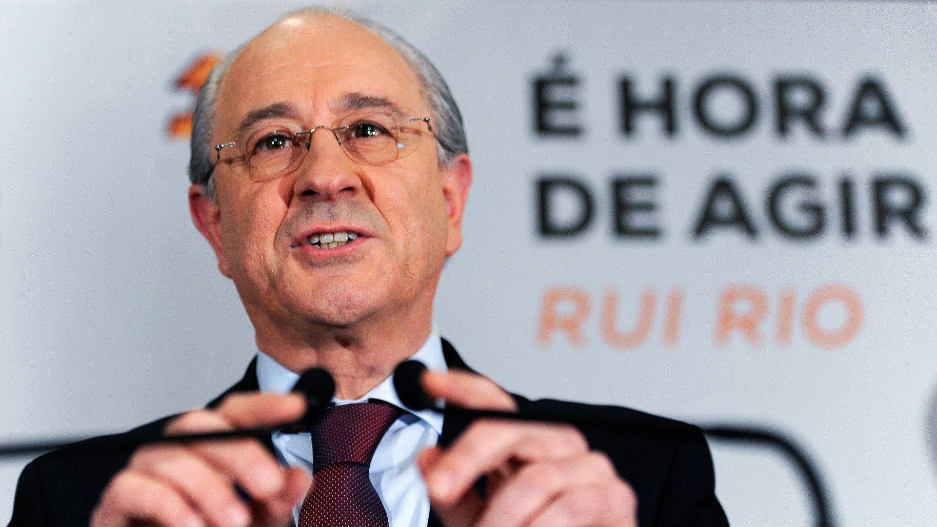 """Rui Rio vê """"alguma turbulência"""" na transição no PSD"""