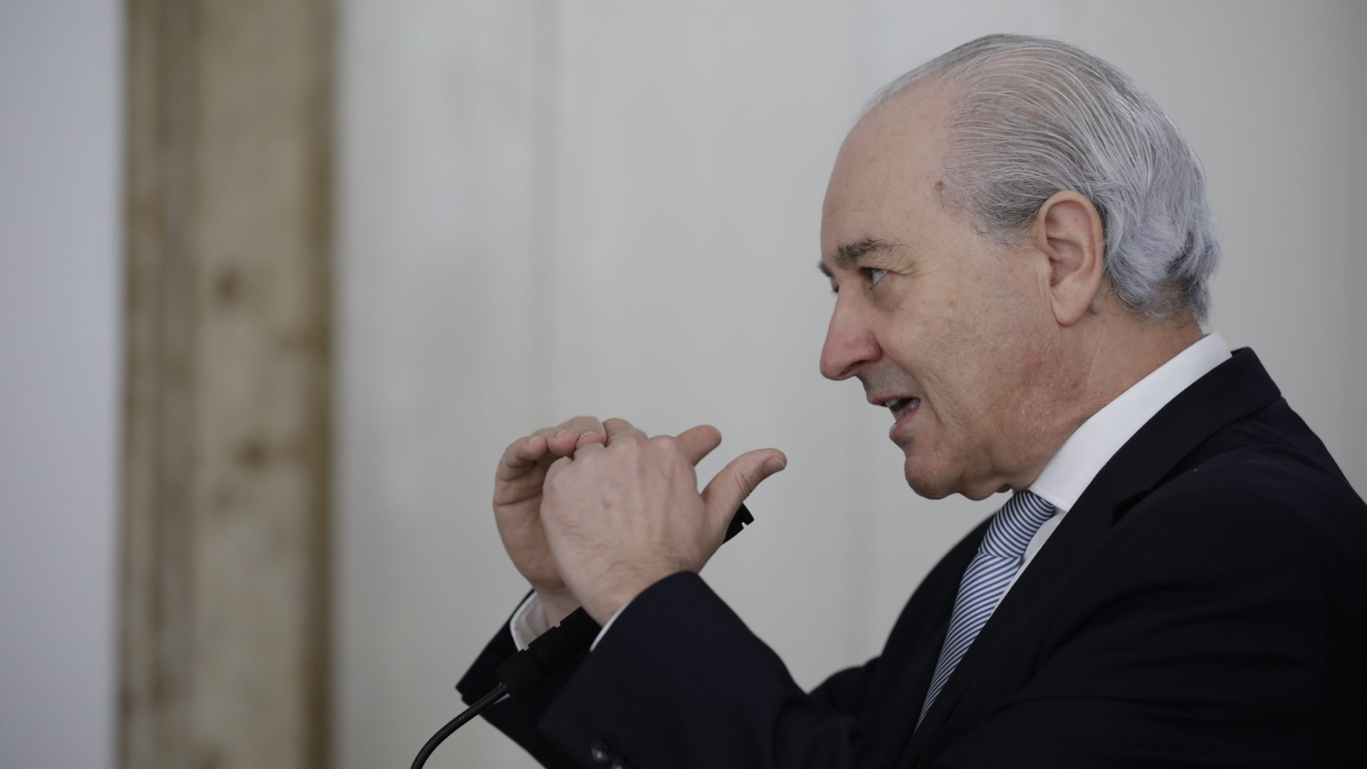 """Rui Rio: Santa Casa está """"a apanhar dinheiro dos pobres para pagar imparidades da banca"""""""