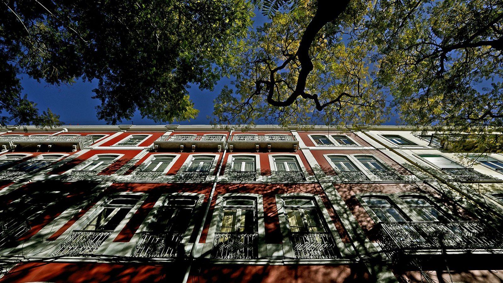 """Proprietários e inquilinos preferem """"esperar para ver"""" concretização das novas políticas de habitação"""