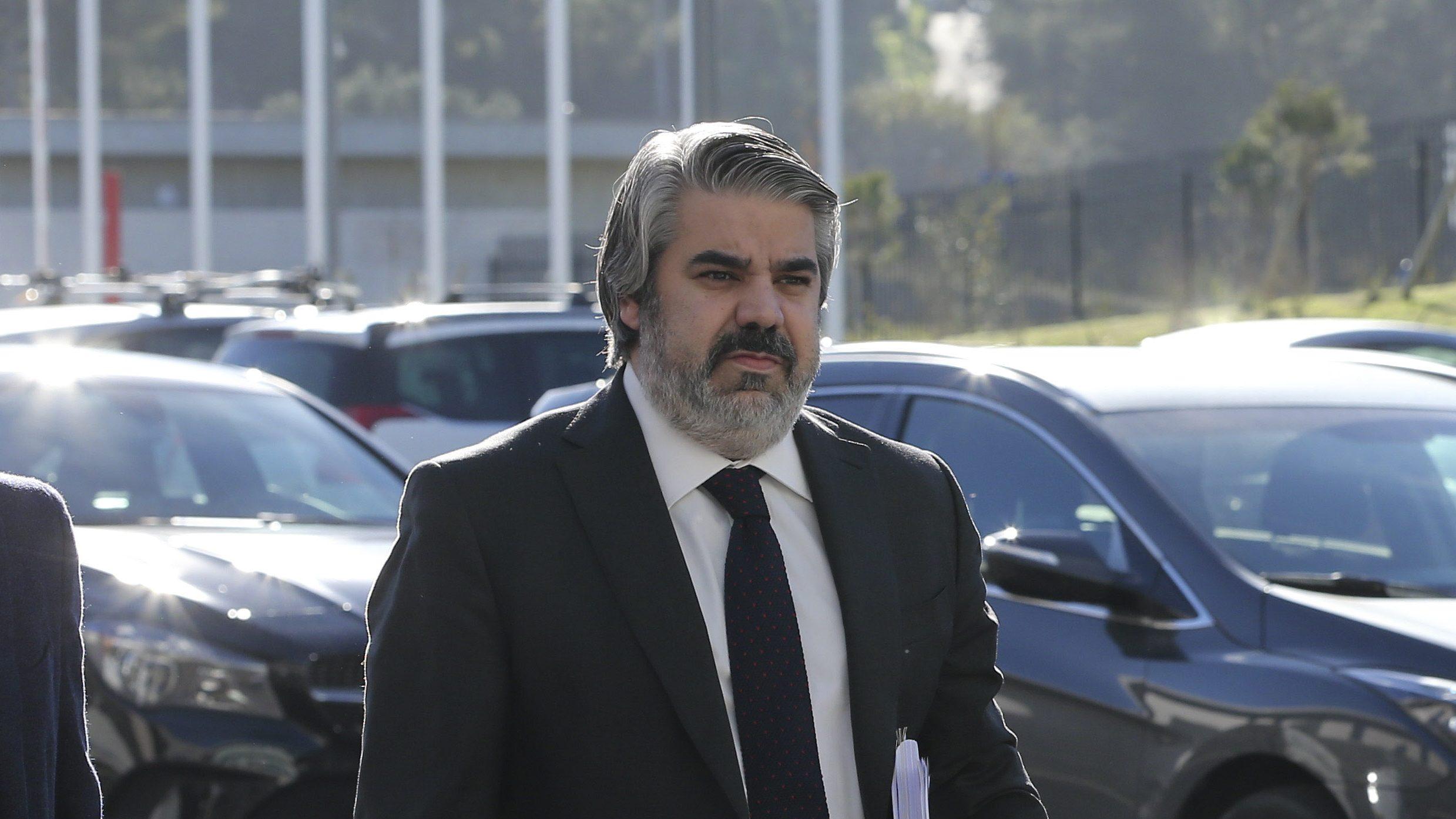 Benfica. PGR investiga divulgação do e-toupeira na Internet