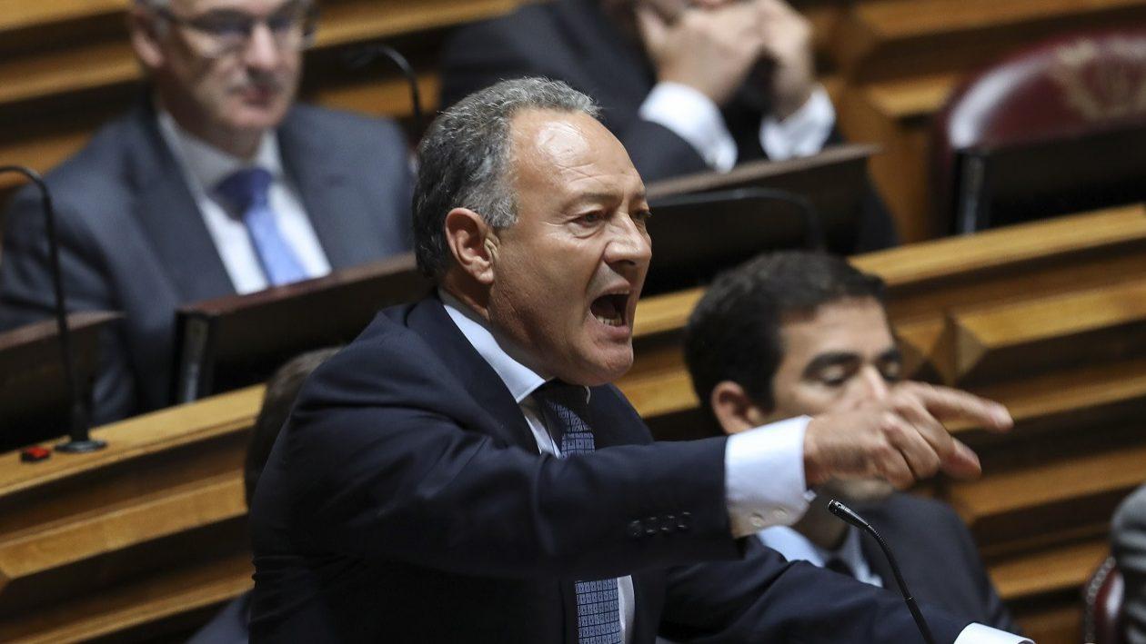 PSD admite proposta para dar bónus a pensões das carreiras muito longas