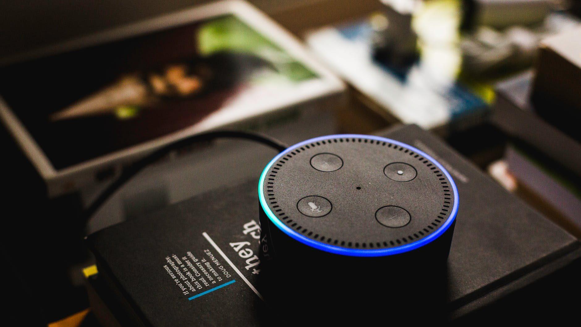 Novidades da Amazon: micro-ondas, relógios e Alexa no carro