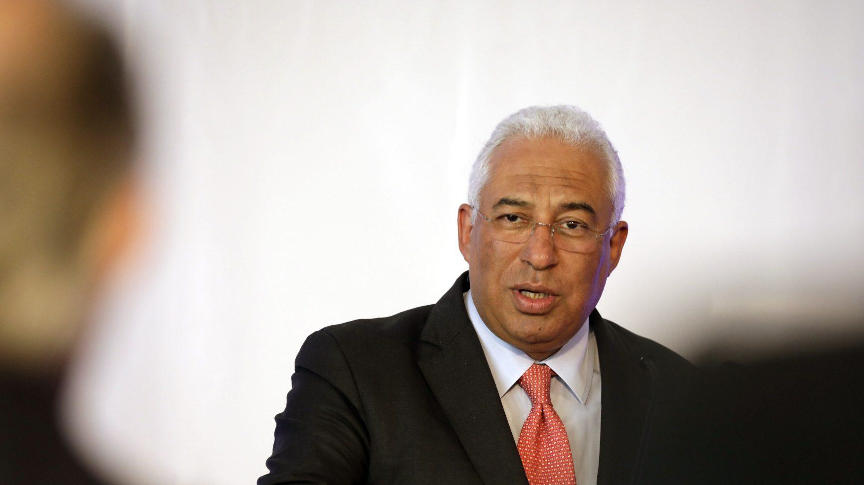 Costa pede urgência no consenso para novo aeroporto