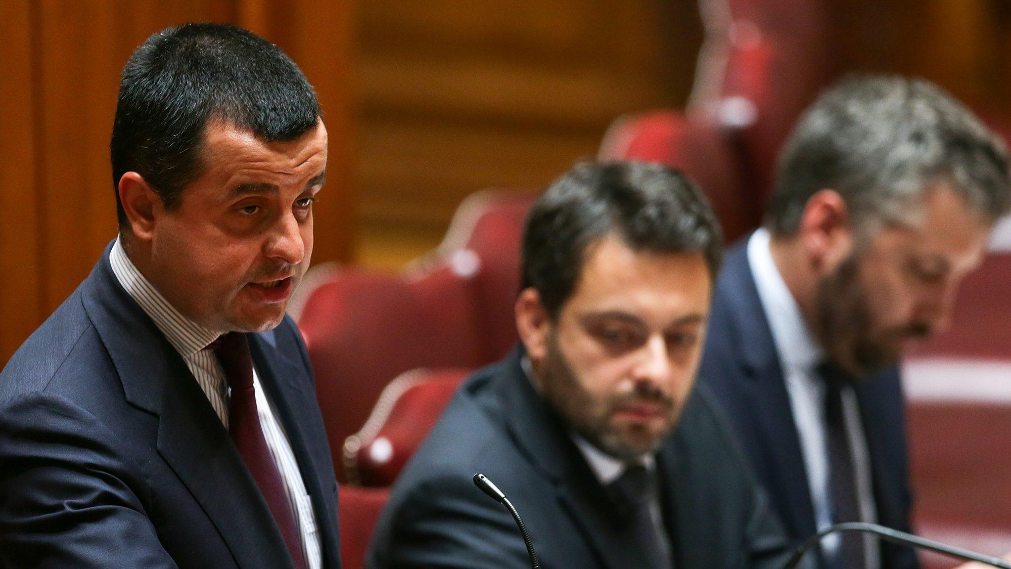"""CTT não são para nacionalizar, mas Governo não """"tolera"""" margem de incompetência"""
