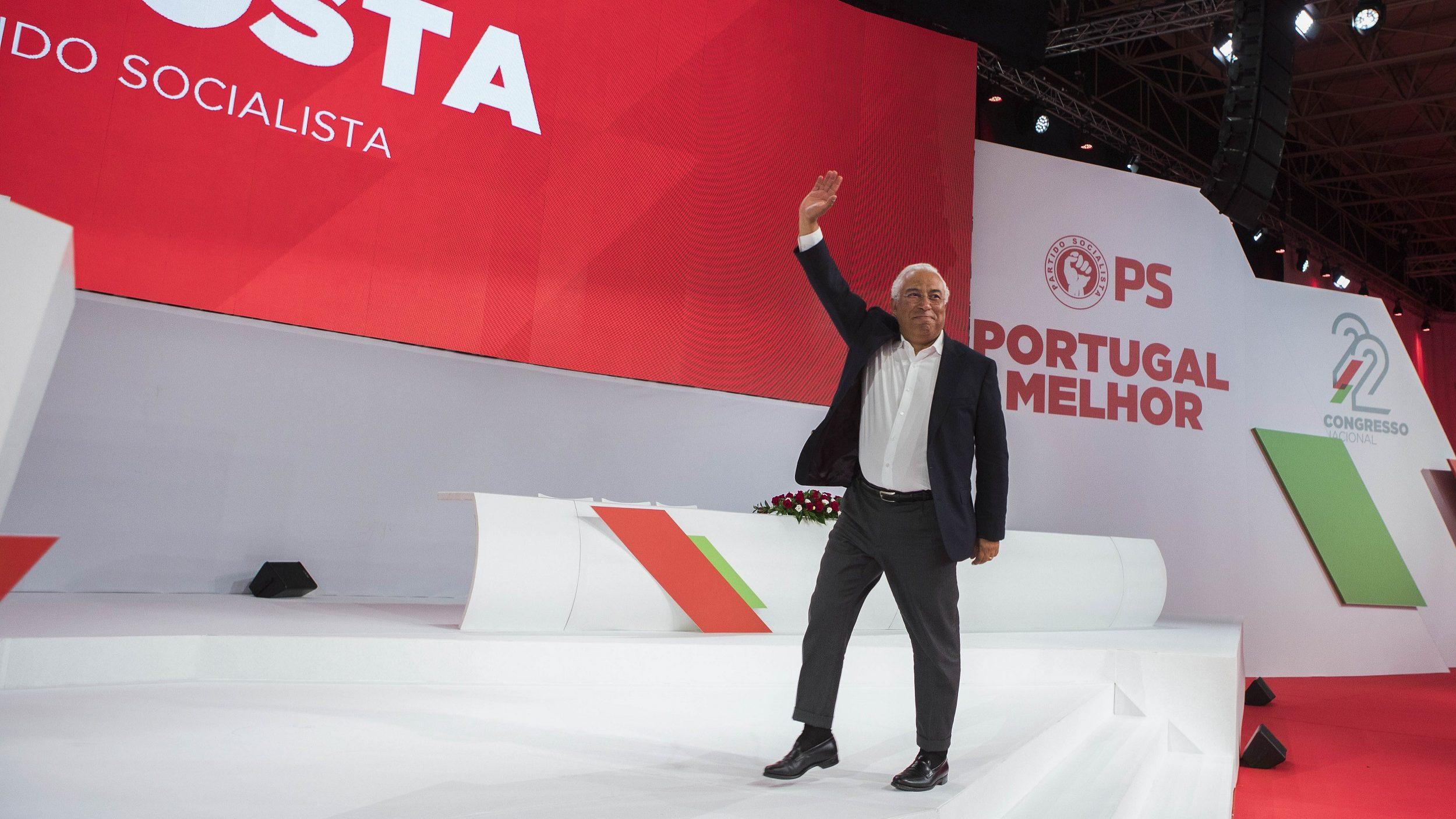 Costa quer empresas a pagar salários mais altos e horários diferentes ao longo da vida