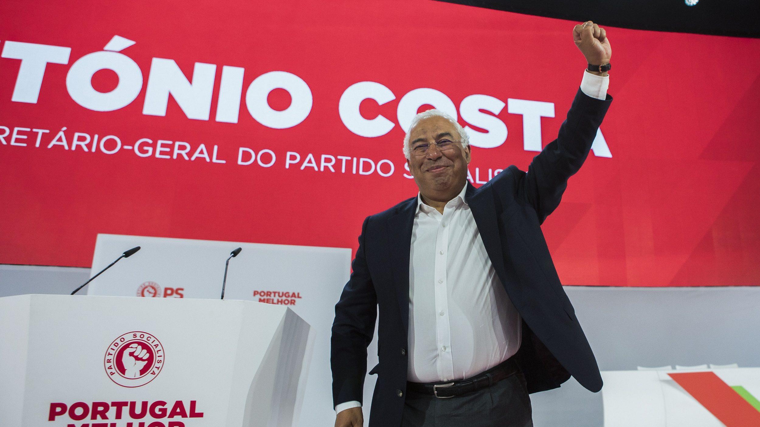 Solução de Governo não se esgotou, diz António Costa