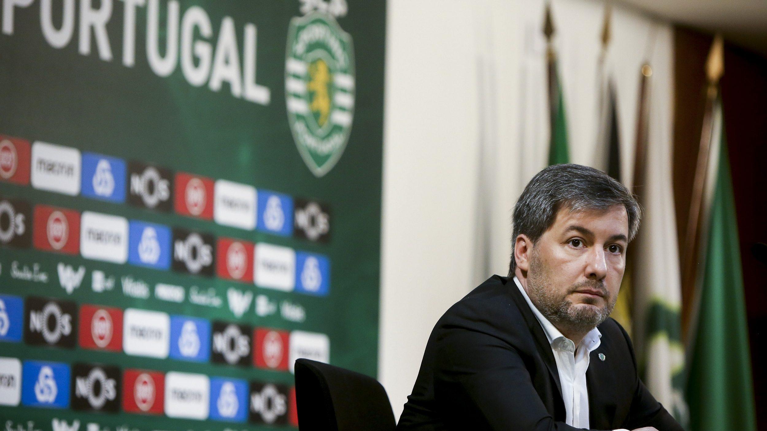 """""""É evidente que ninguém procurou congelar qualquer conta bancária do Sporting"""", diz Bruno de Carvalho"""