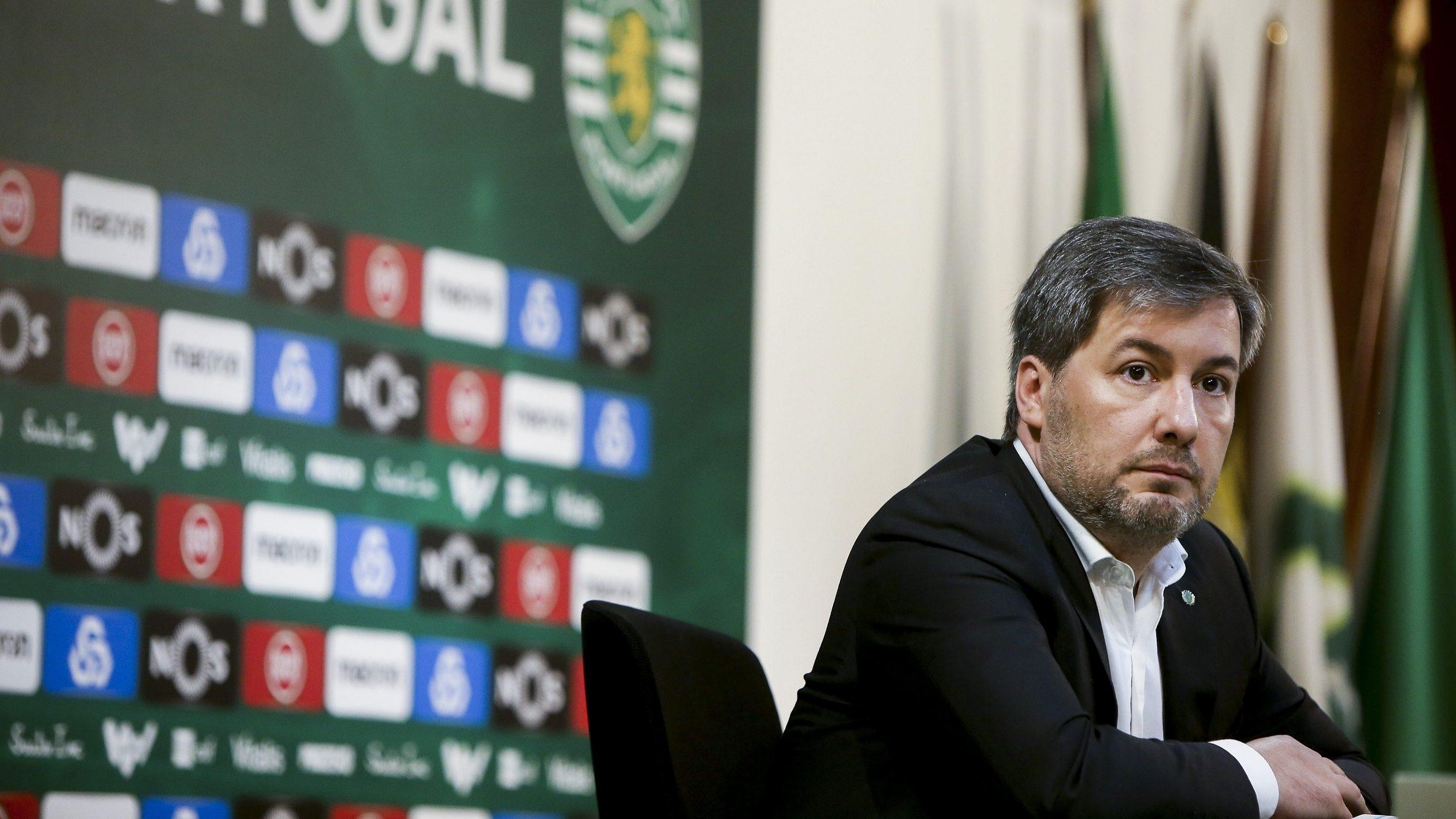 """Politico: Portugal """"não está imune"""" ao populismo. A prova disso é… Bruno de Carvalho"""