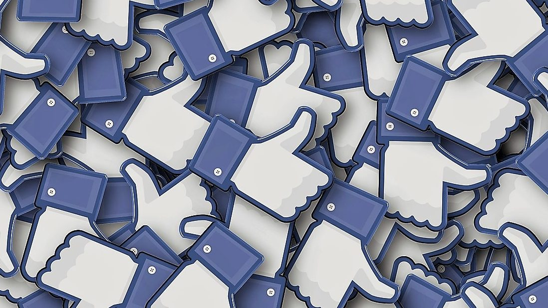 Facebook está a avaliar a credibilidade dos utilizadores para combater notícias falsas