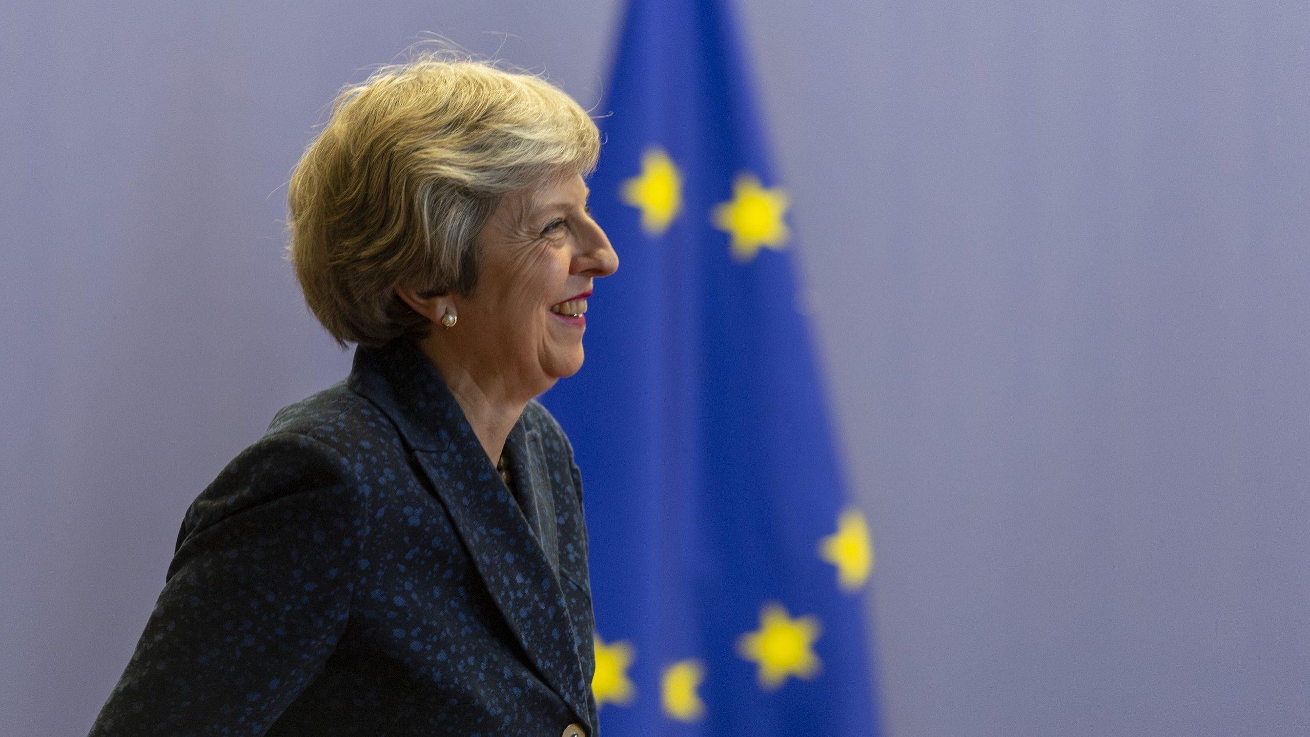 May rejeita excluir Gibraltar das negociações com a União Europeia