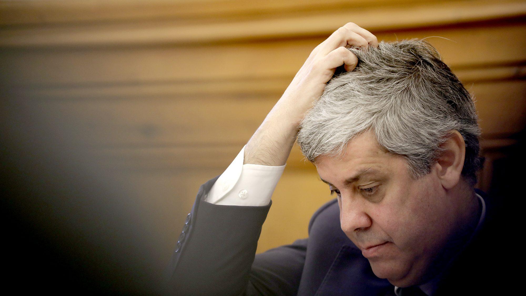 Governo pede autorização ao Parlamento para se endividar até 10 mil milhões de euros