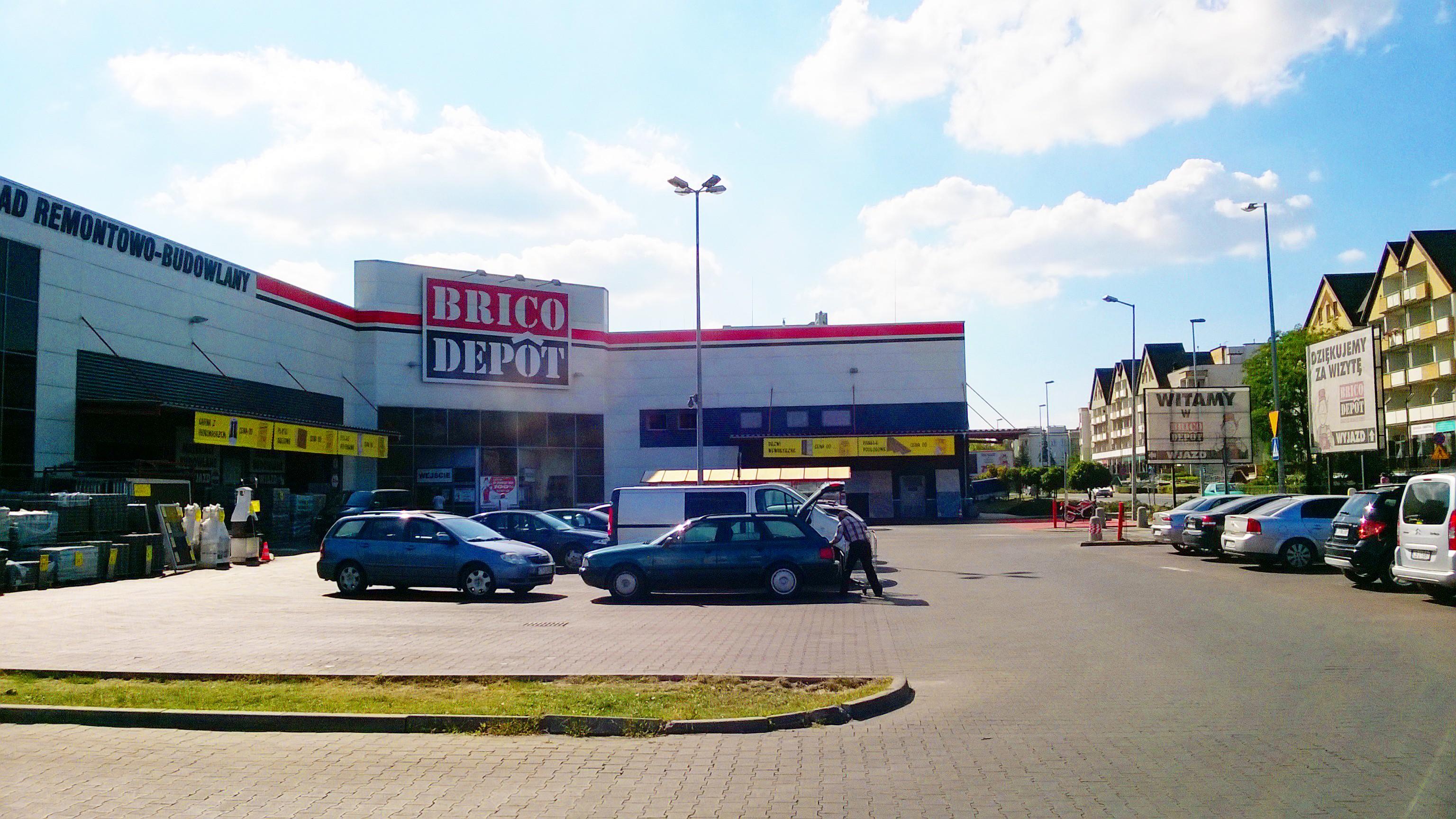 Brico Depôt vai sair de Portugal em 2019. Tem lojas em Loures, Sintra e Gaia