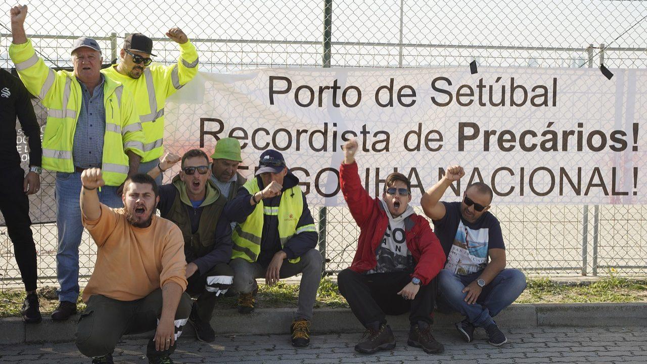 Acordo com estivadores do Porto de Setúbal compra 75 dias de paz social