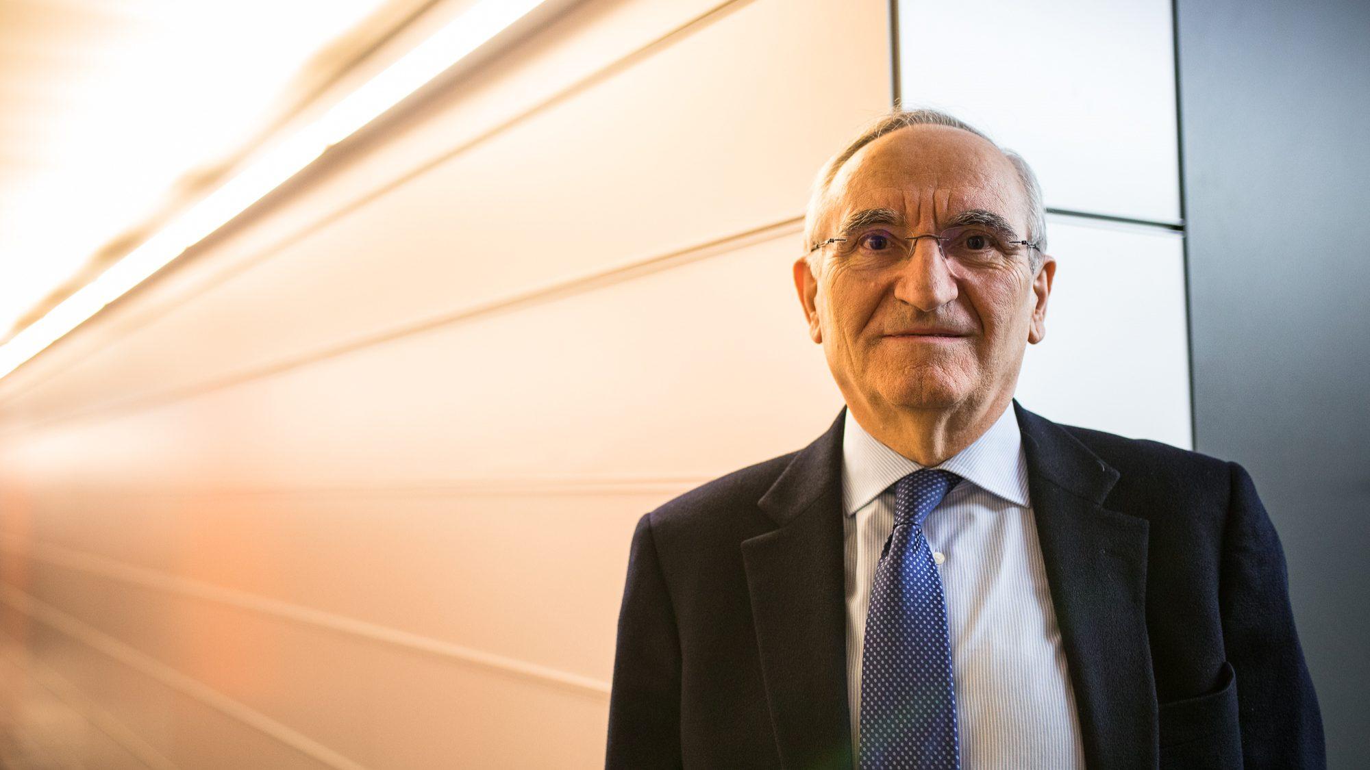 Empresas que não consigam pagar 750 euros daqui a quatro anos são ficção, diz Bagão Félix